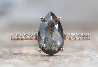 The Willow Ring with a Rose-Cut Black Diamond