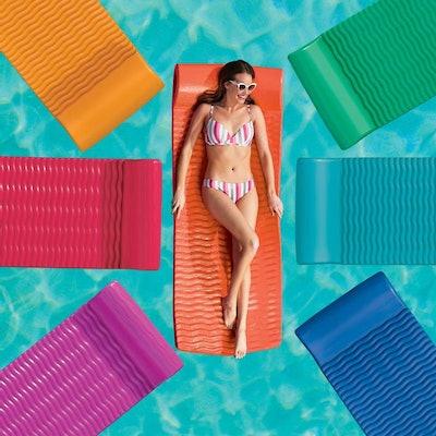 """2"""" Resort Pool Float"""