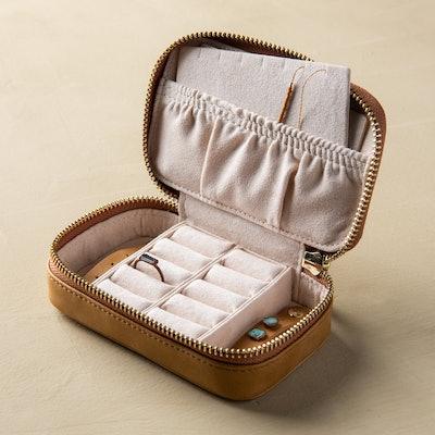 Honey Jewelry Case
