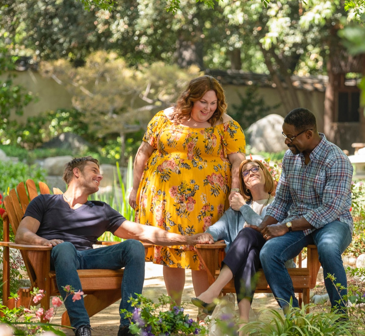 Justin Hartley as Kevin, Chrissy Metz as Kate, Mandy Moore as Rebecca, Sterling K. Brown as Randall in 'This Is Us'