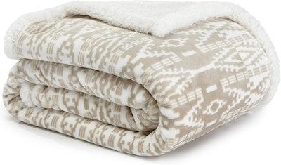 Eddie Bauer Ultra-Plush Throw Blanket