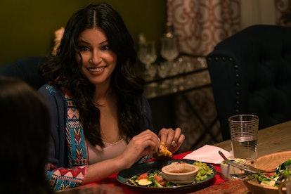Richa Moorjani as Kamala in 'Never Have I Ever' Season 2
