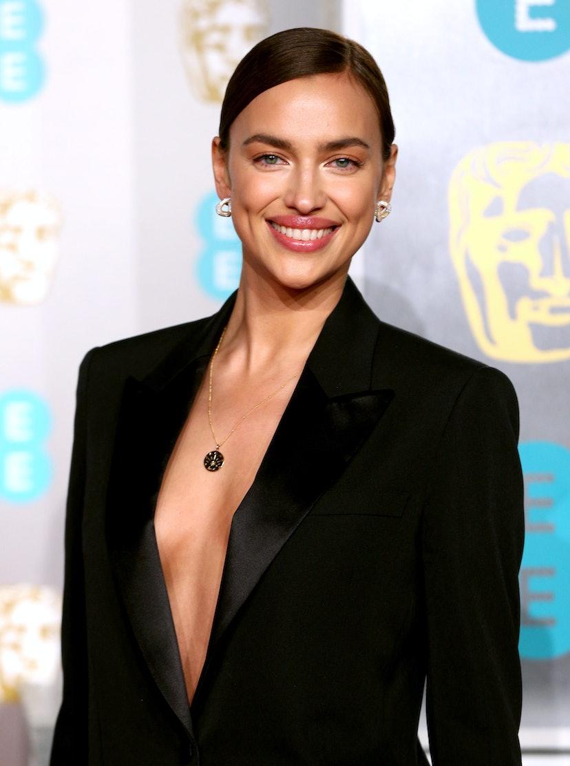 Irina Shayk wore a Missoma necklace to the 72nd British Academy Film Awards.