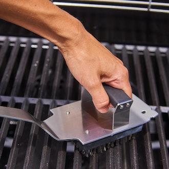 Cuisinart Dual Grip Barbecue Grill Brush and Scraper