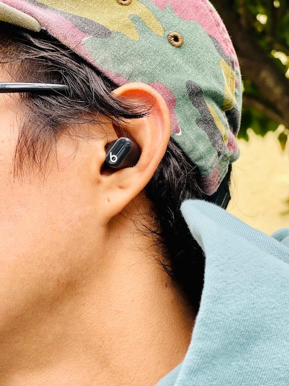 Beats Studio Buds earbuds headphones review