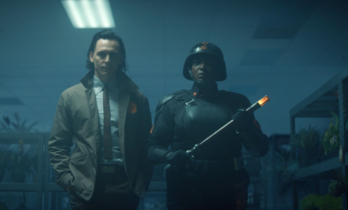 Tom Hiddleston as Loki and Wunmi Mosaku as Hunter B-15 hunting the Loki variant in 'Loki'