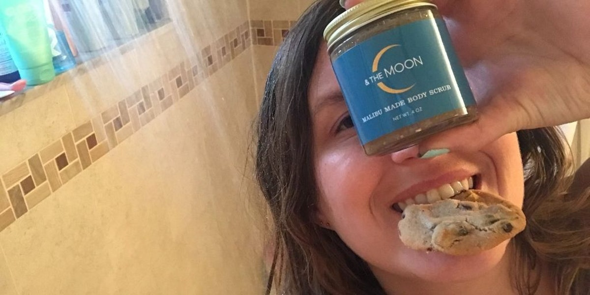 Rachel Varina eats a cookie in the shower while trying the Malibu Made Body Scrub by C & The Moon fo...