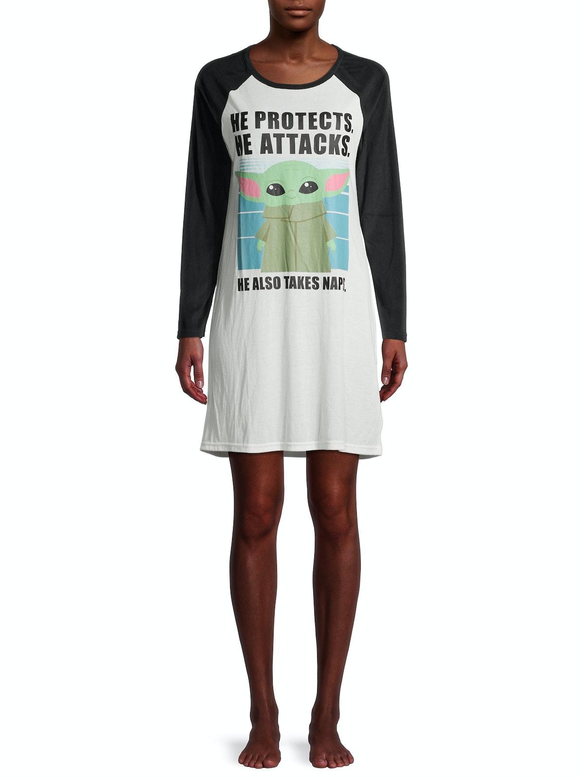 Yoda Women's and Women's Plus Pajama Sleepshirt
