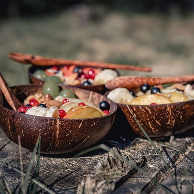 Okey Kitchen Coconut Bowls and Spoons (Set of 4)