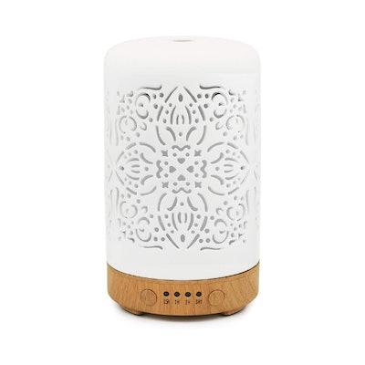 Earnest Living White Ceramice Essential Oil Diffuser