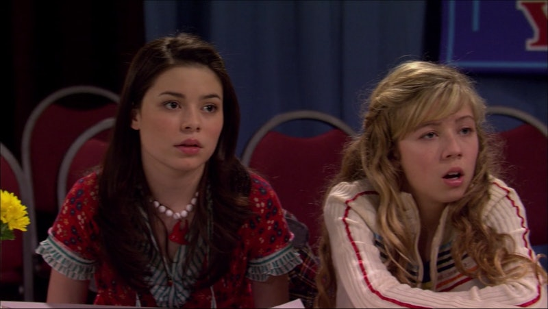 Miranda Cosgrove and Jennette McCurdy in iCarly