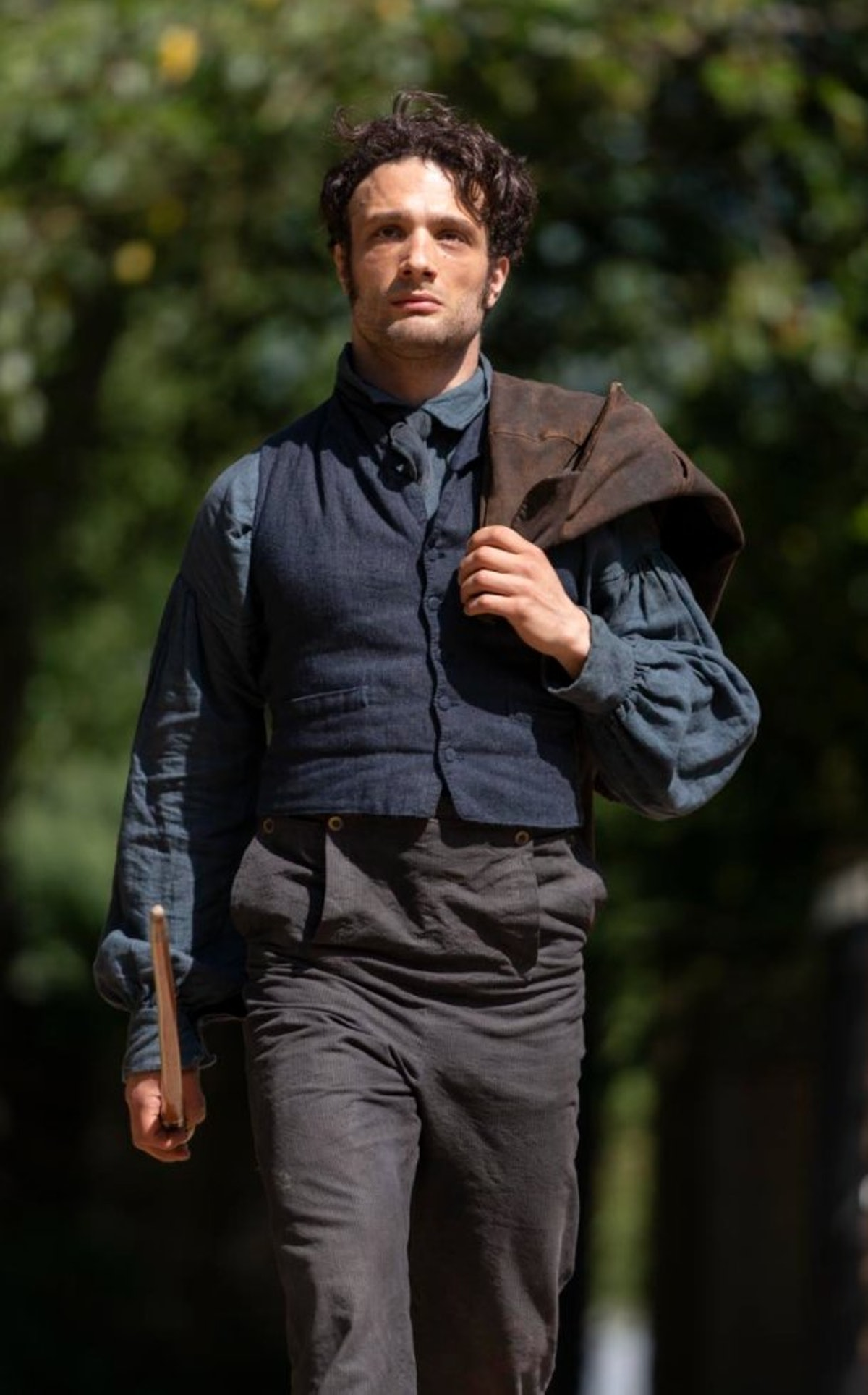 Cosmo Jarvis as Captain Wentworth in Netflix's new adaptation of 'Persuasion'