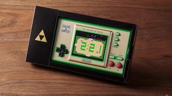 Nintendo Game & Watch: The Legend of Zelda packaging