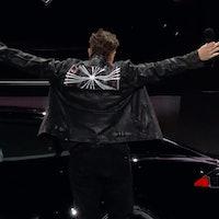 "Tesla's Model S Plaid makes you feel like you're ""driving the future"""