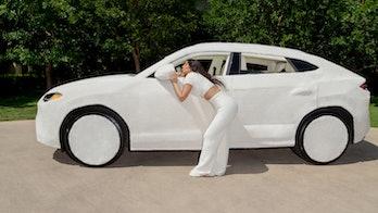 Kim Kardashian Skims Lamborghini Urus