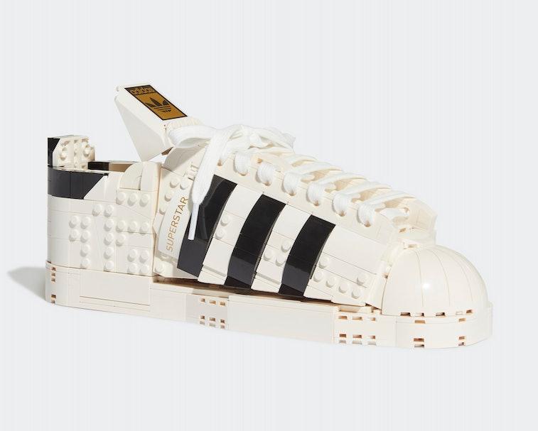Adidas Superstar LEGO Kit