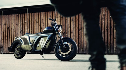 A company called Zaiser Motors has unveiled an electric motorcycle with a promised range of 300 mile...