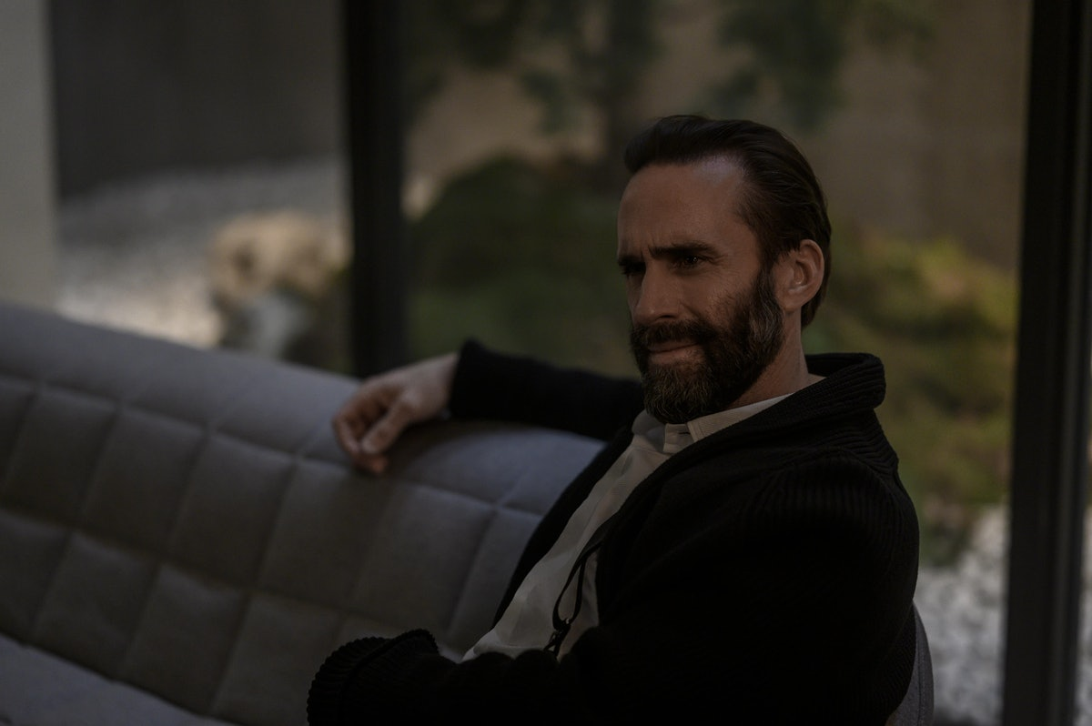Joseph Fiennes as the now late Commander Fred Waterford at the end of The Handmaid's Tale Season 4