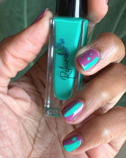 Relaunch Nail polish with nail art hand