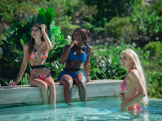 The cast of 'Too Hot To Handle' season 2 by the pool