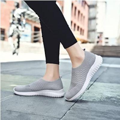 TIOSEBON Athletic Mesh Sneakers