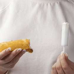 A Dripstick is used to absorb liquid from a Twinkie. What is a Dripstick? This dripstick review shows how the sex sponge works.