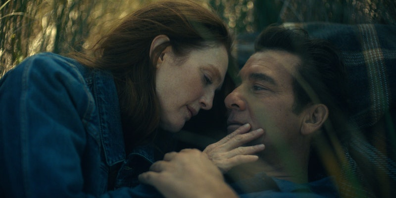 Julianne Moore and Clive Owen star in 'Lisey's Story.'