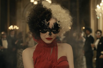 Emma Stone rocks the classic half black, half blonde hair that her character Cruella de Vil is known for. It took a lot of time for Nadia Stacey to get just the right hair color.