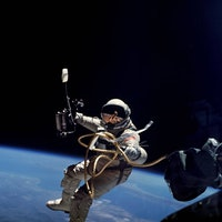 Look: Here's how astronauts learned to walk in space