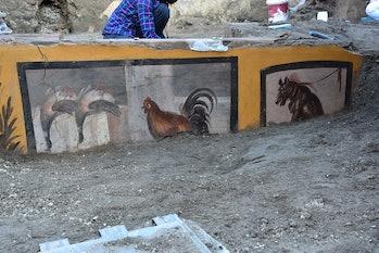 pompeii restaurant uncovered ancient