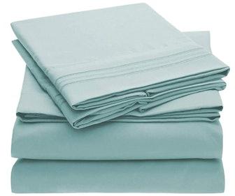 Mellanni Bed Sheet Set (4 Pieces)