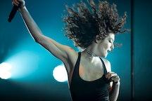 Lorde performing
