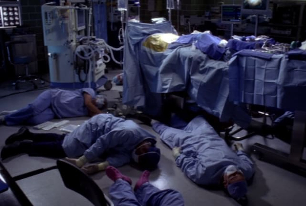 The doctors passed out after being exposed to a woman with toxic blood on 'Grey's Anatomy.'
