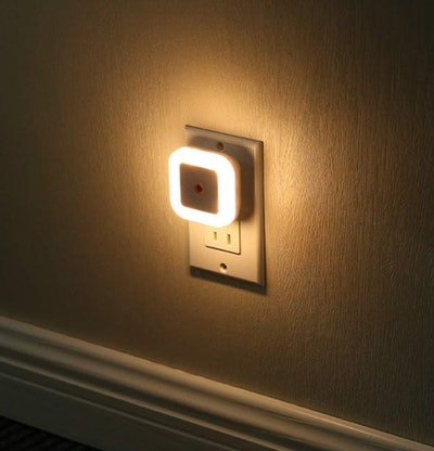 Sycees Plug-in LED Night Light with Sensor (6-Pack)