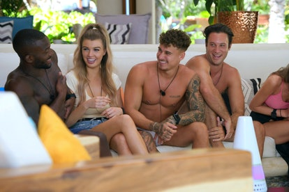 Nicola & Bryce with other cast members of 'Too Hot To Handle'