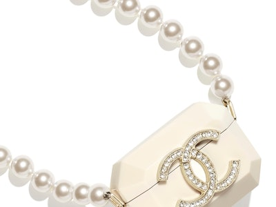 Chanel AirPods Pro Case Pearl Necklace