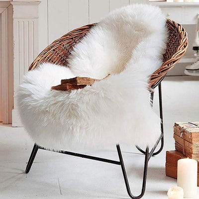 LOCHAS Deluxe Sheepskin Rug