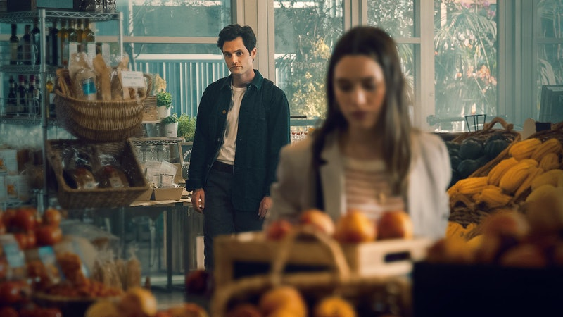 A still from Netflix thriller You. Pictured: Joe Goldberg played by Penn Badgley and Victoria Pedretti as Love Quinn