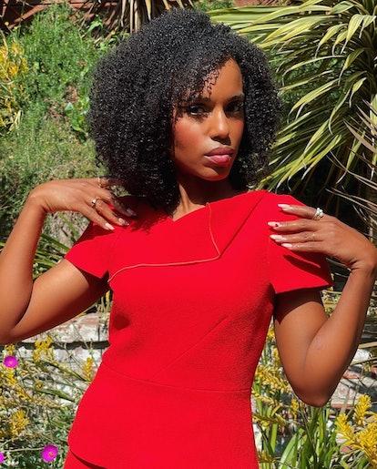 Kerry Washington posing in red