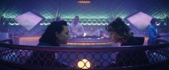 Tom Hiddleston and Sophia Di Martino on the train in Loki Episode 3