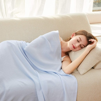 AmyHomie Bamboo Cooling Blanket