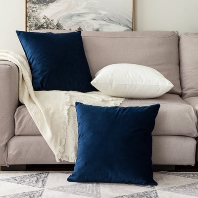 MIULEE Velvet Decorative Square Throw Pillow Covers. (2-Pack)