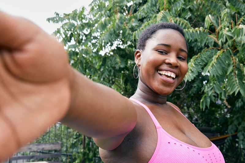 Experts share the different solutions for under boob sweat you can turn to.