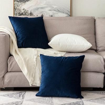 MIULEE Velvet Throw Pillow Covers Set (2-Pack)