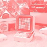 I tried the speaker all the UwU girls have and fell in love