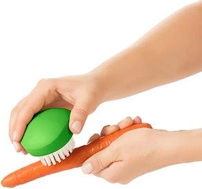 OXO Good Grips Vegetable Brush