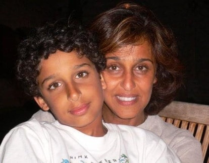 Cyrus Veyssi and their mother