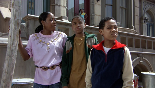 Everybody Hates Chris was inspired by comedian Chris Rock'c childhood.