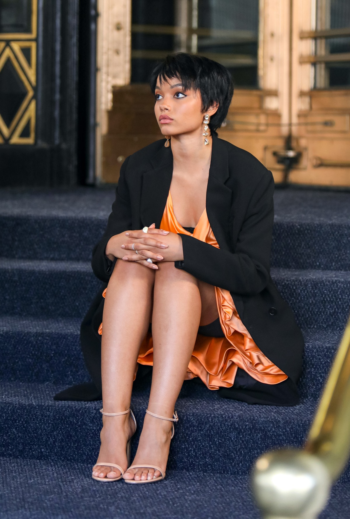 Whitney Peak with short hair on the set of the Gossip Girl reboot