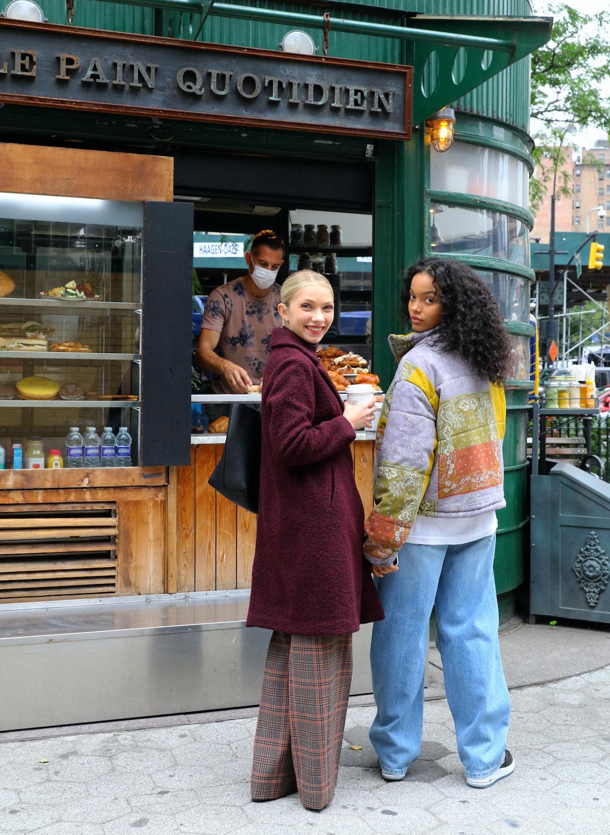 Tavi Gevinson and Whitney Peak on the set of the Gossip Girl reboot